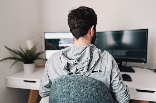 Simple 10 Ways To Be More Fruitful When Working From Home