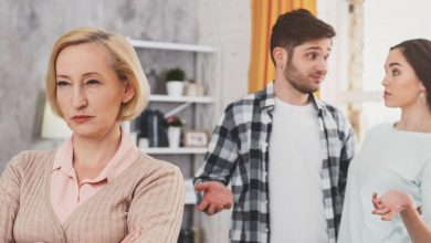 12 Signs of Your Mother-In-Law Is Manipulative