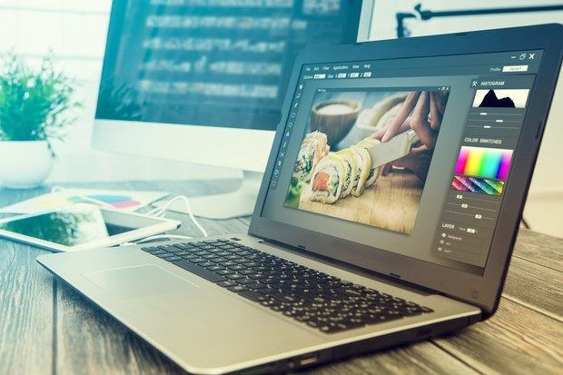 How do you edit in Photoshop?